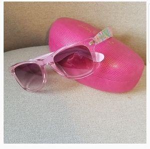 Lilly Pulitzer Olivia Sunglasses & Case